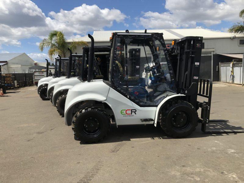 4x 4WD units